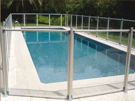 Tipos de vallas para piscinas tipos de vallas disponibles for Vallas para piscinas