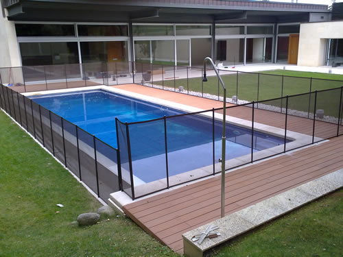 Tipos de vallas para piscinas tipos de vallas disponibles for Vallas para piscina